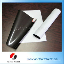 Bonne qualité Customized Strong Strong Flexible Magnet with Adhesive