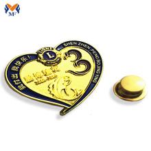 Insigne de voiture en forme de coeur en métal Pin pour la promotion