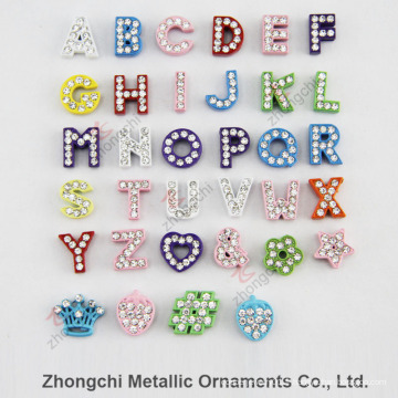 8mm Coloris en strass Slide Alphabet Charm for DIY Jewelry