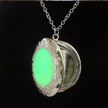 2016 Neweset Luminous Stone Necklace Floating Pendant jewelry Necklace