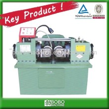 Automatic thread machine for different screw pitch