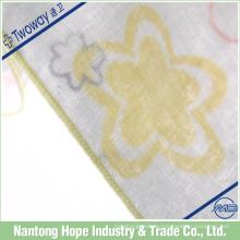 Pañuelo de algodón de 3 capas que imprime flores lindas