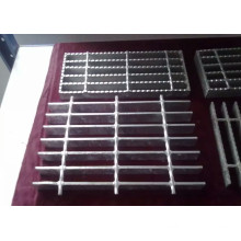 New Product for Hdg Serrated Grating Hot dipped galvanized grating supply to India Factory