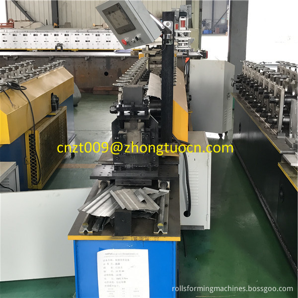 L angle roll forming machine 4