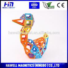 Brinquedos de construção magnética