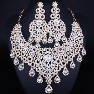 Luxury Crystal Necklace Set With Dangle Heart Drop Diamonds