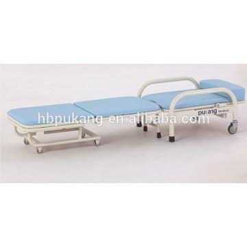 Hospital reclinable plegable acompañan a sillas