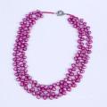 Collier à perles d'eau douce à la couleur violet