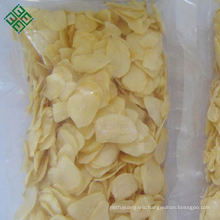 China manufacturer natural organic air dehydrated garlic flakes