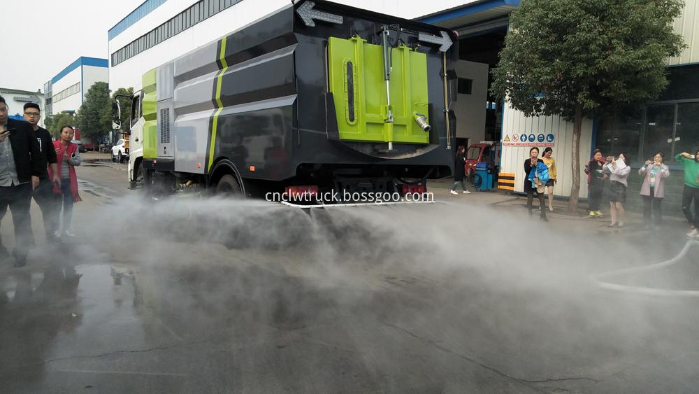 street sweeping truck rear spraying