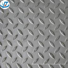 Plaque en acier au carbone checkered MS SS400 / feuille de carbone 5mm 6mm plaque à carreaux