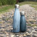 Onda moderna simples isolada garrafa de água de coque de aço inoxidável