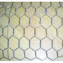 Clôture galvanisée de fabrication de fil de poulet / maille hexagonale d'Anping