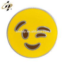 Placa de encargo del emoji del metal redondo del esmalte al por mayor de la fundición