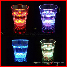 Tasses de lumière instantanée LED Bar Night Club Party Boisson Glow Whiskey Cup
