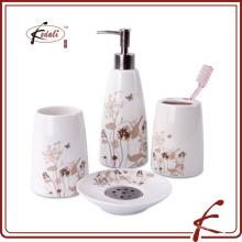 Vente chaude set quatre accessoires de salle de bains en céramique