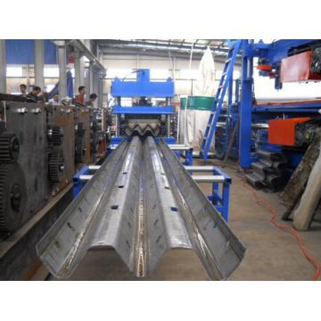 Fabrik Preis Gute Qualität Autobahn Crash Barrier Roll Former Made in China