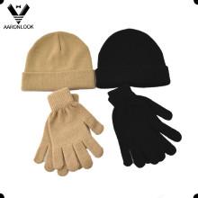 Bonnet et gant en acrylique tricoté