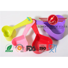Plastic Heart Shaped Measuring Spoon