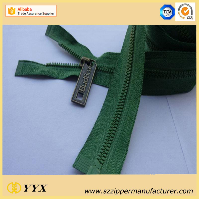 Dynamic Plastic Teeth Zipper