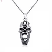 Collar de plata del punk cráneo de acero inoxidable al por mayor