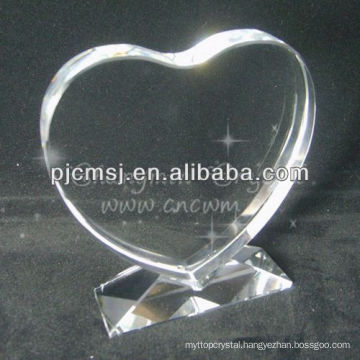 2015 WholesaleHeart Shape Blank Crystal With 3D Laser Engraved Logo For Souvenirs