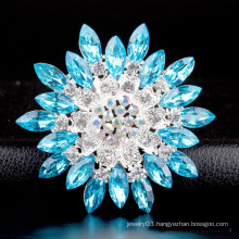 China wholesale fashional rhinestone flower brooch korea for wedding invitations