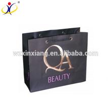 Sac en papier personnalisé imperméable personnalisé chaud de taille de marque, sac en papier imprimé noir