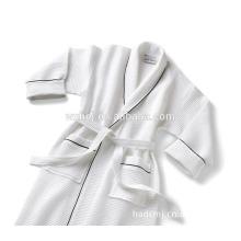bon marché collier blanc de châle de gaufre avec le peignoir de qualité d'hôtel de tuyauterie