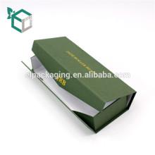 Vert foncé pliable or estampillage logo qualité marchandises recycler matériel boîte-cadeau