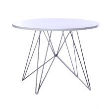 Mesa de jantar redonda de tampo de madeira com base de arame