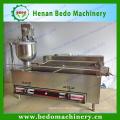 Donutfriteuse / Donut, der Maschine / automatische Donutherstellermaschine herstellt