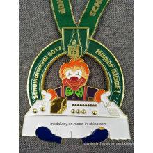 Découpez l'émail de logo La médaille de moulage mécanique sous pression avec la lanière