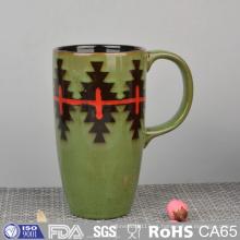 Taza de cerámica esmaltada con pintura a mano