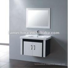 Gabinete de banheiro clássico preto e branco