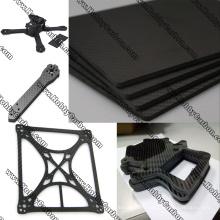 La fibre de carbone de coupe de commande numérique par ordinateur partie la feuille pleine / pure de fibre de carbone pour l'UAV / Drone / industrie