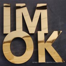 Lettre d'or titanique polie de finition faite sur commande