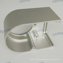 Parte que trabaja a máquina de aluminio
