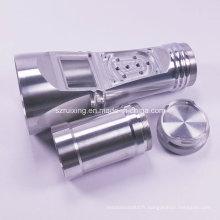 Usinage CNC pour accessoires de lampe de poche en aluminium
