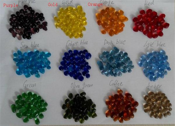 Small glass beads for aquarium decoration