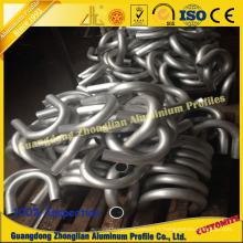 Profilé en tube d'aluminium avec traitement de pliage