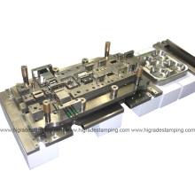 Штемпельная штамповка / Инструмент / Штамповка металлических деталей для автомобильной матрицы