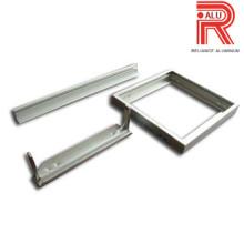 Profils d'extrusion d'aluminium et d'aluminium pour l'énergie solaire
