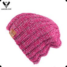Chapéu de confecção de malhas acrílico do fio de Islândia das mulheres com fio de Lurex