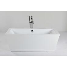 Внутренняя автономная ванна в акриловой
