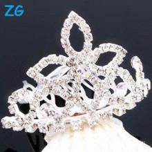 Peaux de cristal élégantes en français, peignes de mariage chic, peignes de mariée en cristal, peignes de fleurs