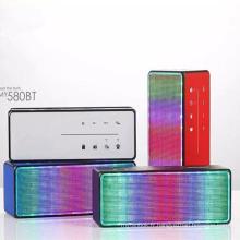 My580bt Carte SD Haut-parleur Bluetooth portable avec radio FM / éclairage LED / Mains libres