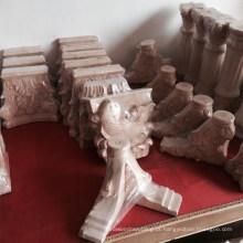 Madeira romana esculpida artesanal
