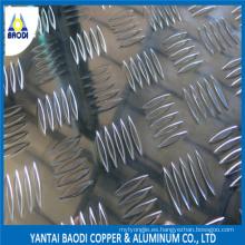 Escaleras de Aluminio Checker / Checker Plate