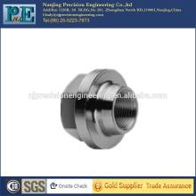 Kundenspezifische CNC-Bearbeitungsarmaturen mit Schraubgewinde